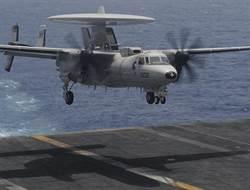 尼米茲航艦又出事 E-2C預警機與戰機碰撞受損