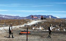 環時稱印情報員扮獵人 越界西藏
