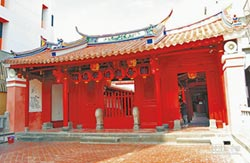 焊接燒毀古蹟關帝廟 判賠1484萬