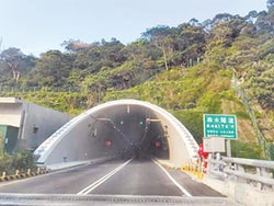 台9線草埔森永隧道 開逾1.8萬張罰單
