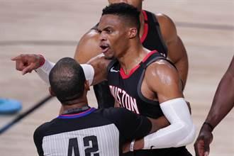 NBA》隆多哥哥罵韋少垃圾 慘遭驅逐出場