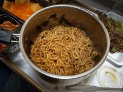 批韓國食物是廚餘 他拿台灣比較後輸了:被按在地上摩擦