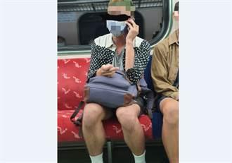 火車男狂講手機還對女「動一指」網一看驚呼:直接吉