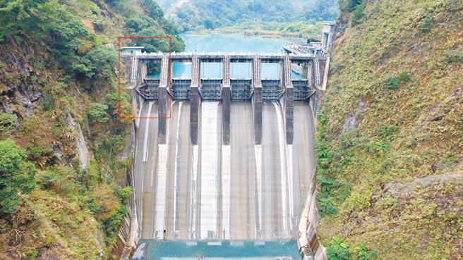 武界壩肇禍的6號閘門位於照片最左邊。(台電提供)
