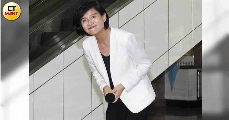鄭麗君今年5月卸任文化部長,藝文界連署盼她留任未果,如今傳出她推動的文化政策恐將喊卡。(圖/黃威彬攝)