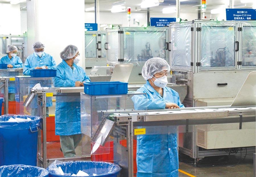 3M公司在上海的口罩生產線。(新華社資料照片)
