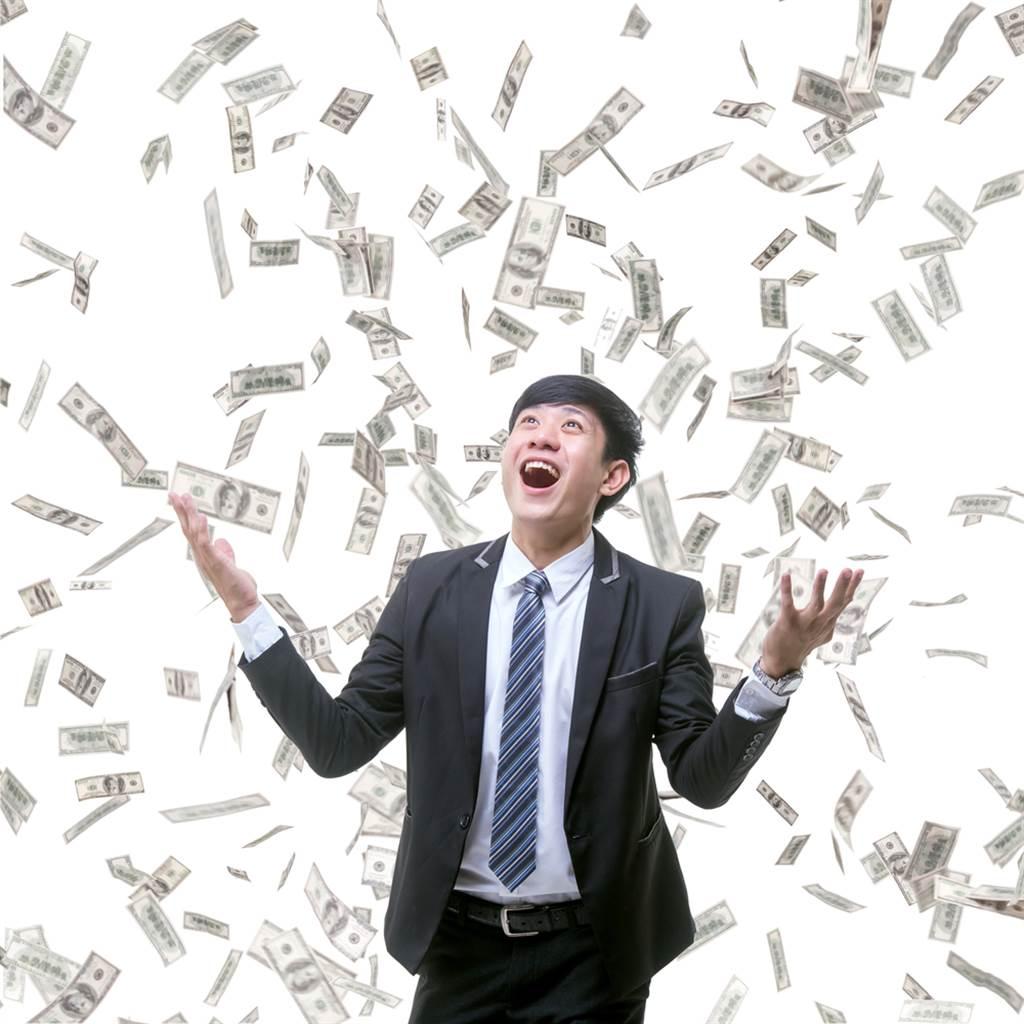 就等鬼門關!5星座財運將會大爆發,命理師曝賺錢機會來了。(示意圖/Shutterstock)
