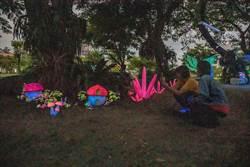 嘉藥開學注活力 「秘境」螢光藝術展熱烈開幕