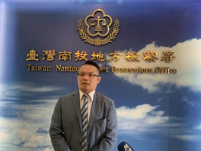 南投地檢署主任檢察官吳錦龍,強調洩洪案將追查到底。(廖志晃攝)