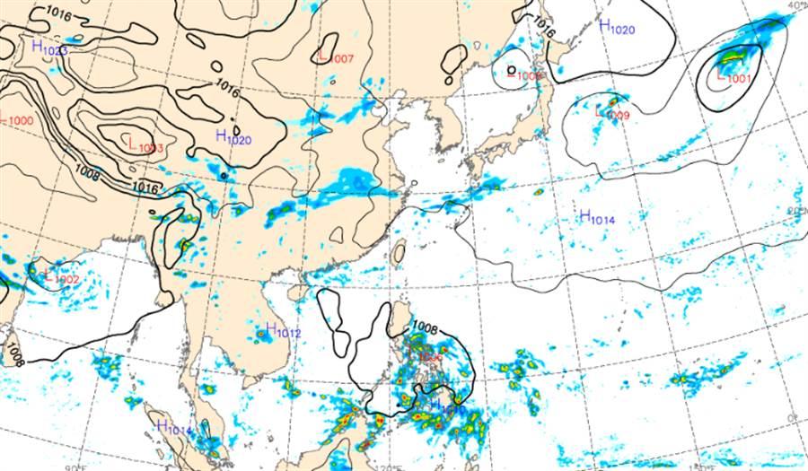 一熱帶擾動發展,最快未來48小時內形成颱風。(中央氣象局提供)