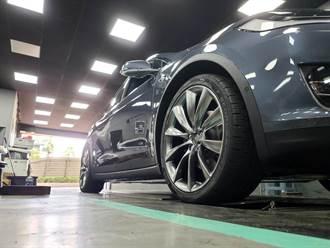 特斯拉四輪定位與輪圈更換的好選擇:新北蓋世輪輪胎,Model X 對換 22 吋 P 版輪圈省錢經驗分享