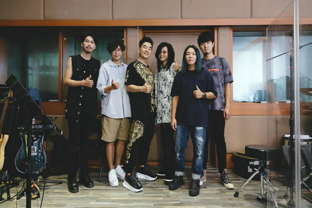 任賢齊本周六、日在台北國際會議中心舉辦演唱會。(KKLIVE提供)