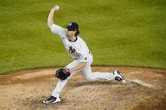 MLB》洋基7轟痛宰藍鳥 寇爾百勝達陣
