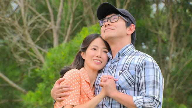 黃瑄跟江俊翰在《多情城市》中飾演初戀的男女朋友。(民視提供)