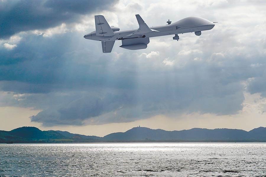 據路透報導,美國計畫軍售台灣7項主要武器系統,包括水雷、巡弋飛彈和無人機。圖為上月已披露美可能出售的MQ-9B「海上衛士」無人機。(摘自General Atomic Areonautical官方網站)