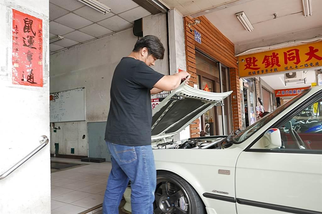 將經典老車賦予新生命的汽車職人《魏浚彬》