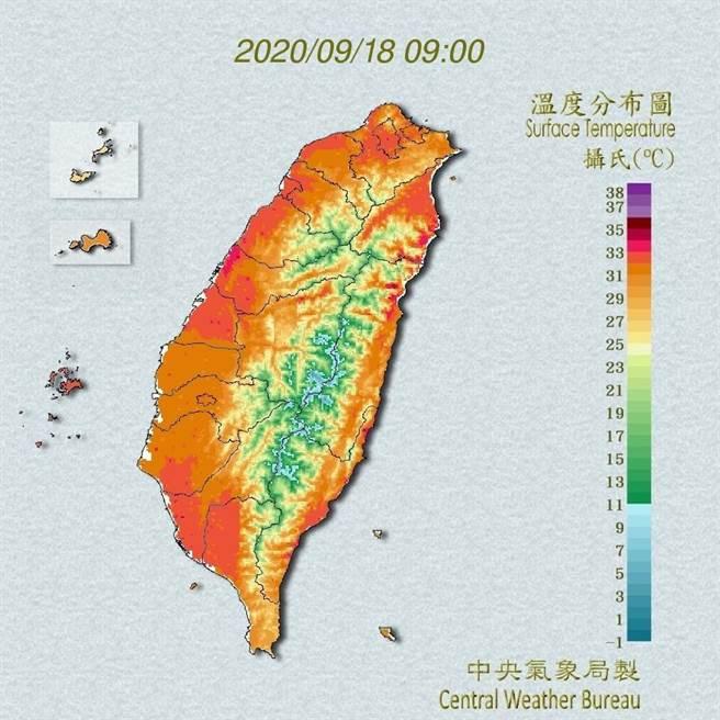 氣象局指出,恆春半島及東南部地區有局部短暫陣雨,其他地區為多雲到晴,午後有局部短暫雷陣雨。(翻攝自中央氣象局/林良齊台北傳真)