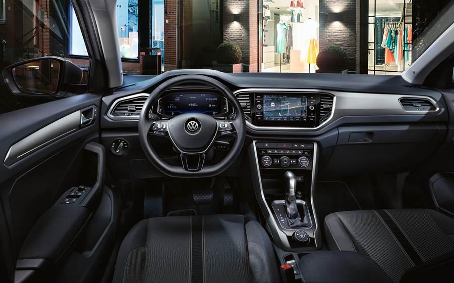 #TimeToRock VW最型跑旅T-Roc 112.8萬元起預售