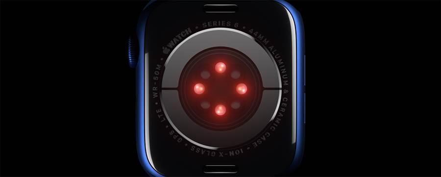 蘋果 Apple Watch Series 6 新增血氧濃度偵測功能,是新功能中最大亮點之一。(蘋果提供/黃慧雯台北傳真)