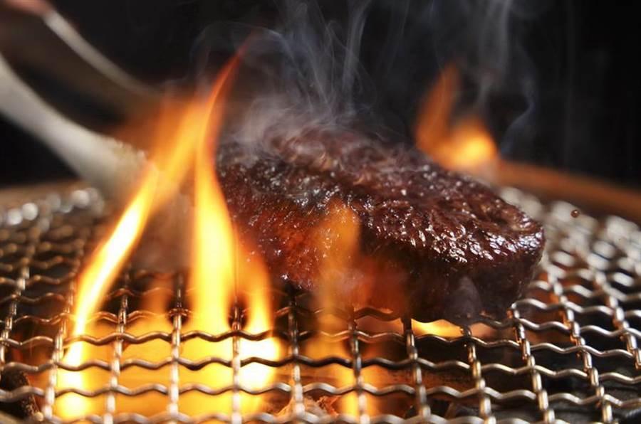樂軒首度推出中秋和牛燒肉狂歡派對,每人1,588元起可盡情享用和牛燒肉-燒肉示意。(圖/樂軒)