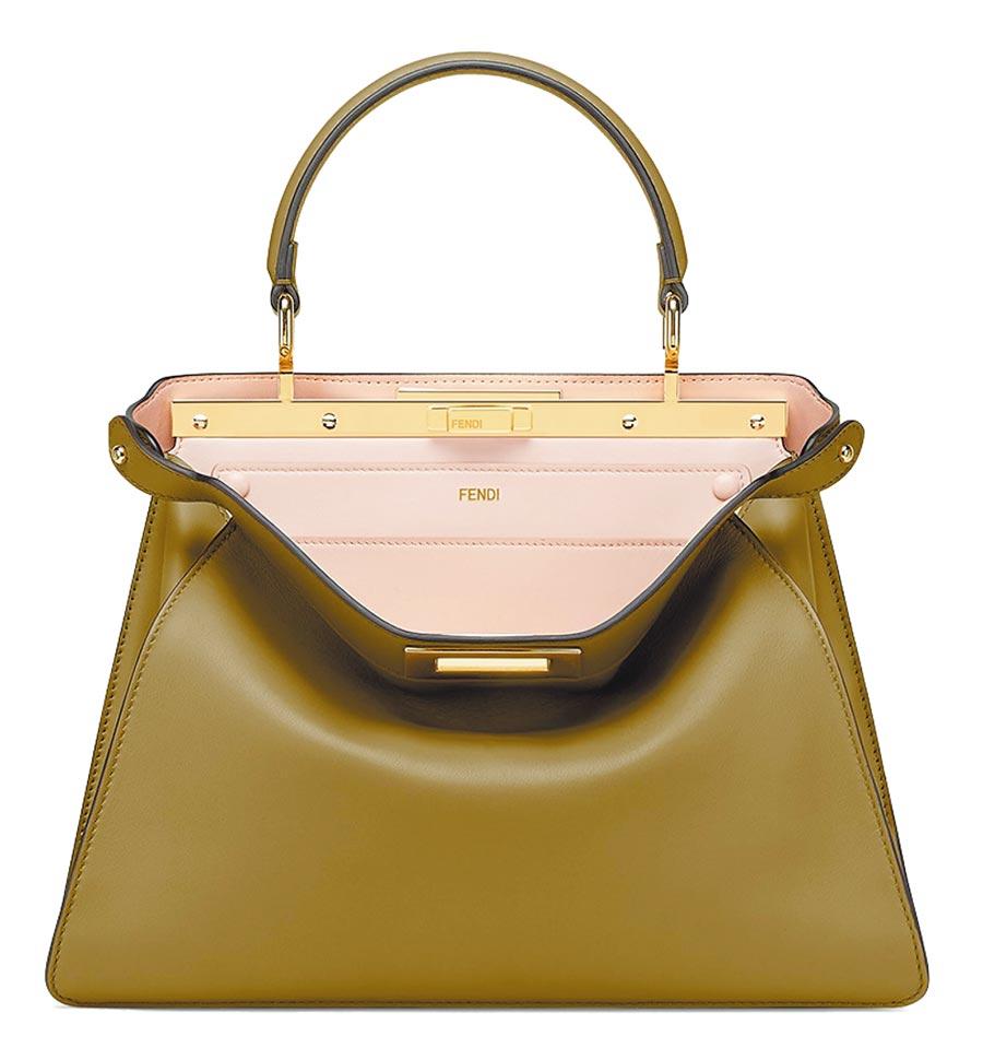 Fendi Peekaboo ISeeU中型包,14萬6000元。(Fendi提供)