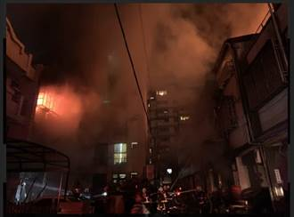 台中民宅氣爆!4死1傷 火球暴衝對面民宅 延燒6戶