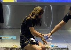 遭潑糞正妹洗了5次頭還是臭 她怒:還有金針菇