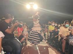 紙風車劇團訪鹿港 帶領觀眾行動追劇
