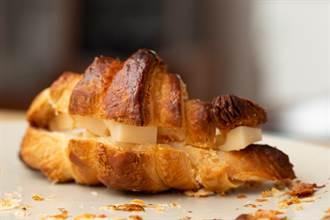超商麵包4步驟晉升「冰火口感」 網讚:發現新大陸