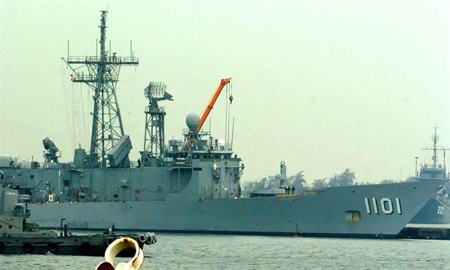 海軍原訂的88杯冬瓜檸檬,因得緊急出演練任務無法按時拿取。(示意圖/中時資料庫)
