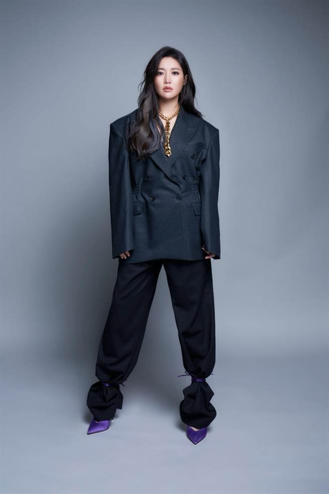 A-Lin將於12/19、12/20再攻高雄巨蛋,是她繼聲納演唱會安可加場後睽違兩年再次回到家鄉開唱。(宜辰整合行銷提供)