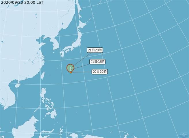 台灣東方太平洋海面上有 1 個熱帶性低氣壓(TD14)正在發展,氣象局預報員林定宜表示,熱低壓不會影響台灣。(氣象局提供)
