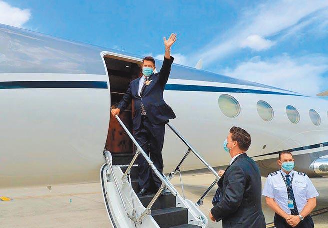 美國務院次卿柯拉克19日率團離台。(外交部提供)