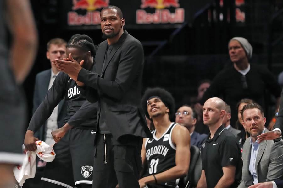 杜蘭特真的願意接受籃網總教練納許這樣的調度安排嗎?(美聯社)