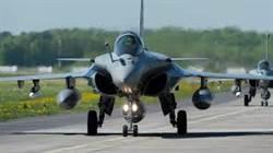 要不要斥資買戰機 這國交付公投