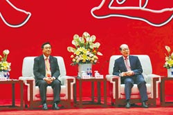 中時專欄:郁慕明》「中國一定強」力抗「美國優先」