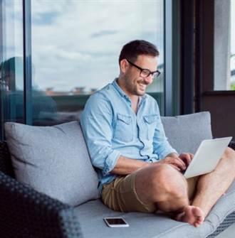 遠距辦公需求大增 思想科技數位轉型諮詢半年激增3倍