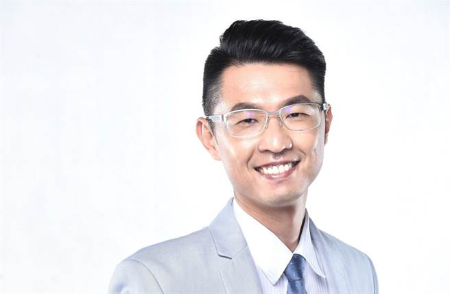 律師劉韋廷(圖/劉韋廷律師粉專)