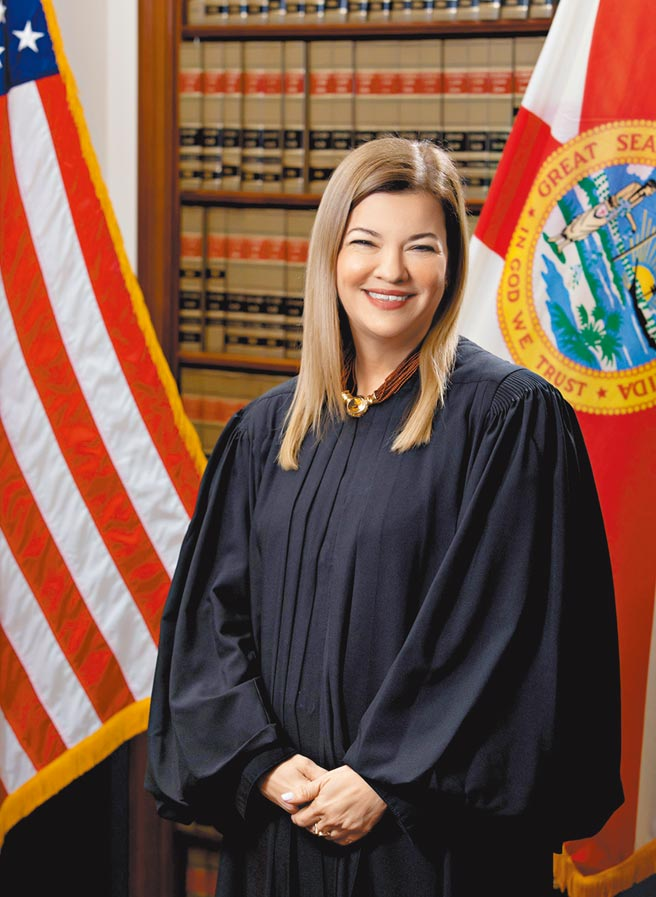 拉哥雅川普表示將提名女性遞補金斯伯格遺留的大法官空缺,可能的人選,包括第11巡迴上訴法院法官拉哥雅。(路透)