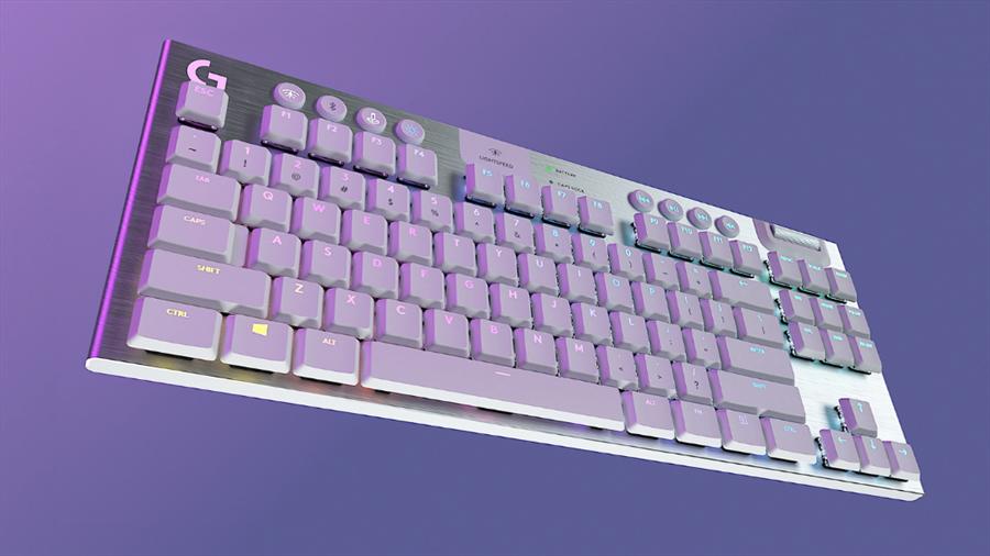 G913 TKL 以玩色系列打造絕美銀白色版本。(羅技提供/黃慧雯台北傳真)