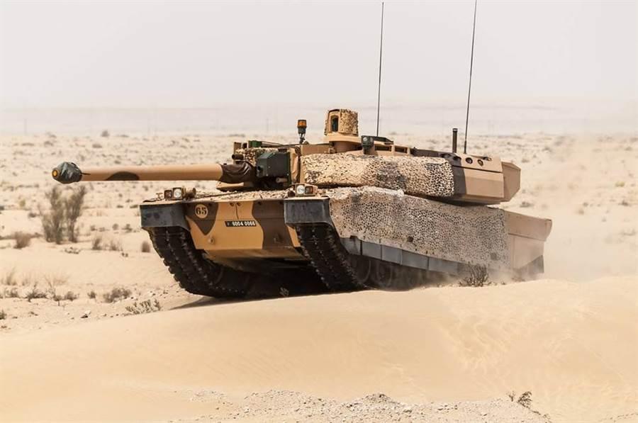 阿聯是少數使用法製萊克勒主力戰車的國家。(圖/阿聯國防部)