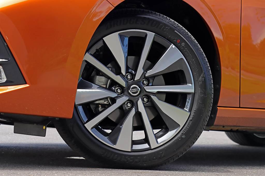 駕享雙進化的型格房車,Nissan Sentra 1.6 尊爵智駕版