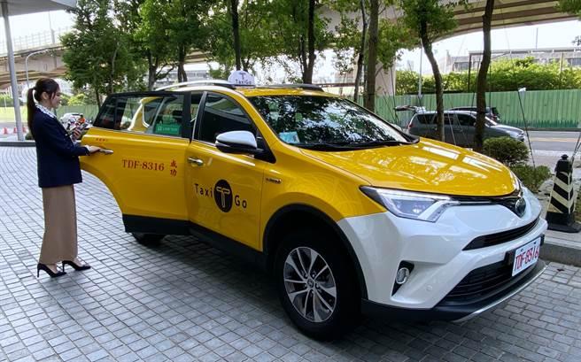 LINE TAXI叫車平台在台上線滿一週年,特別宣布相關活動以及將上線的新功能。(黃慧雯攝)