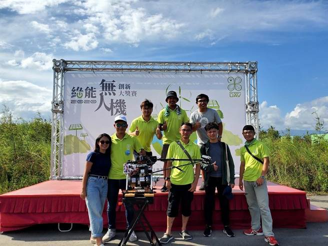 科技部無人機創新大 元智大學團隊成功挑戰龜山島。(元智大學提供/呂筱蟬桃園傳真)
