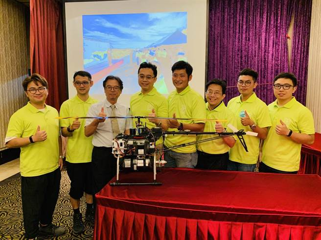 科技部無人機創新大 元智大學團隊成功挑戰龜山島。(呂筱蟬攝)
