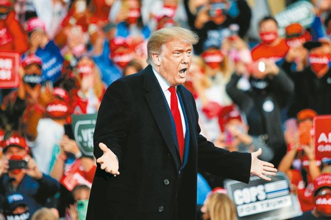 美國總統川普說,如果美國公司或投資者對「抖音國際」(TikTok Global)沒有完全控制權,「就不會批准這筆交易」。(路透)