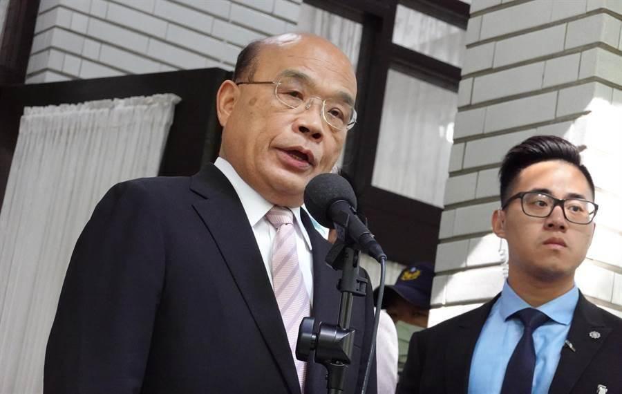 行院長蘇貞昌22日在立法院受訪時不願回應前總統馬英九的說法。(姚志平攝)