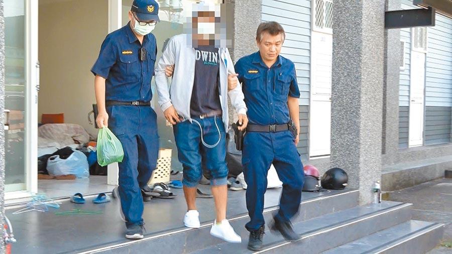 宜蘭縣王姓男子(中)侵入校園行竊,還性侵女學生,宜蘭地方法院判他9年徒刑。(翻攝照片)