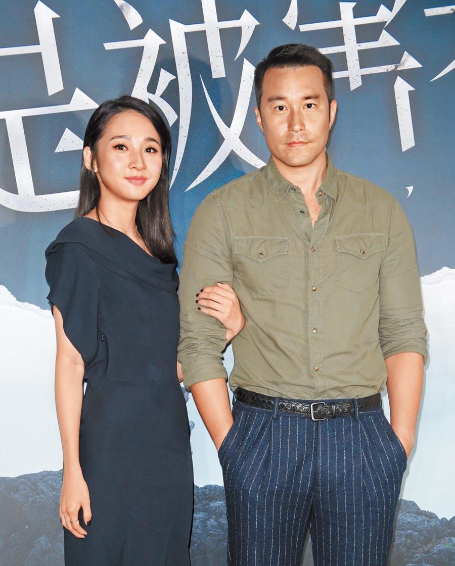 張孝全(右)與李沐昨一起現身暢談金鐘獎入圍心情。(吳松翰攝)