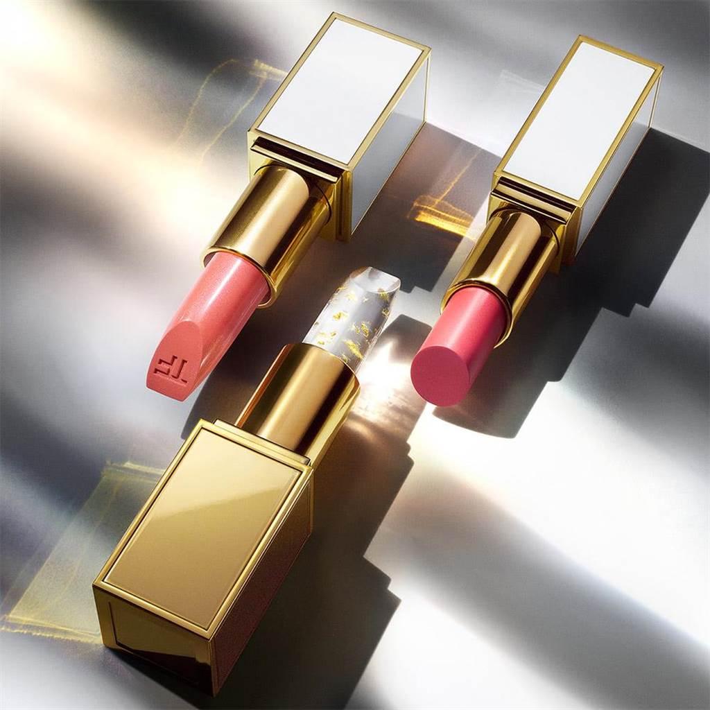 beauty STAGE美麗台TOM FORD太陽輕吻脣膏,價格店洽。(新光三越提供)